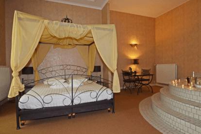 Imperial suite met whirlpool